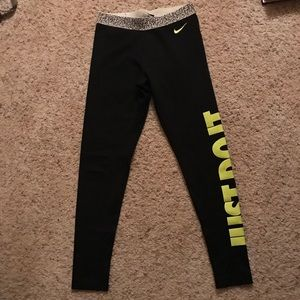 Nike Just Do It Fleece Lined Leggings